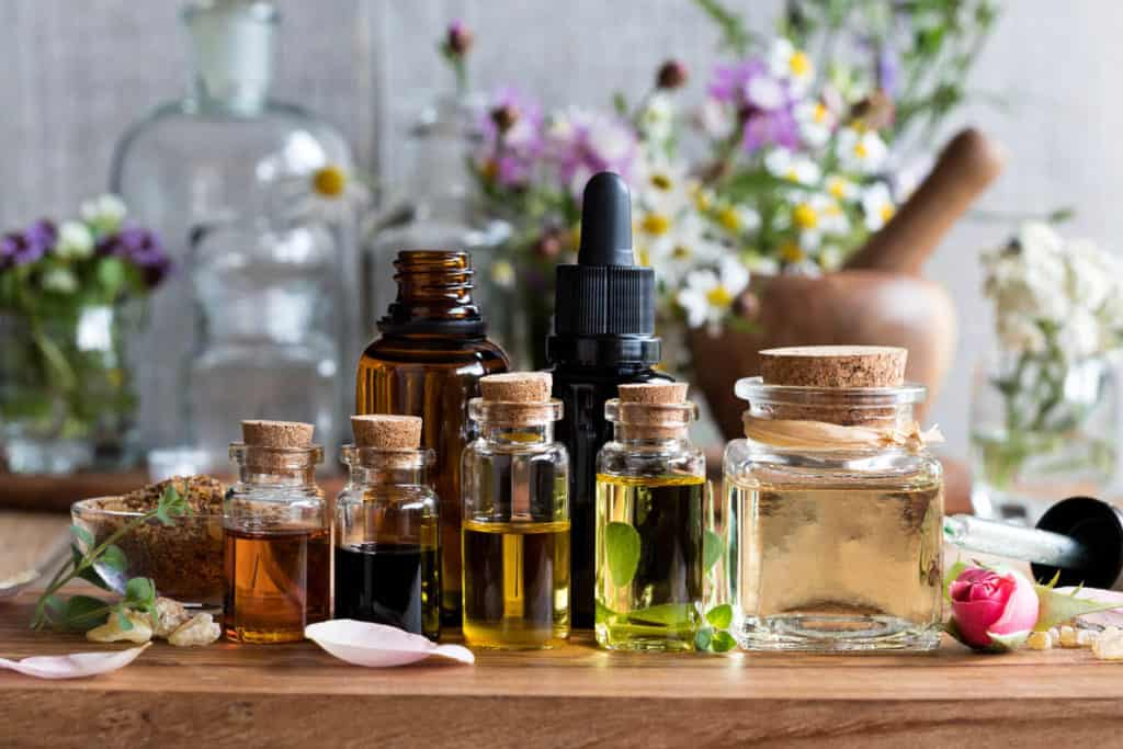 How to choose your essential oil bottle organizer