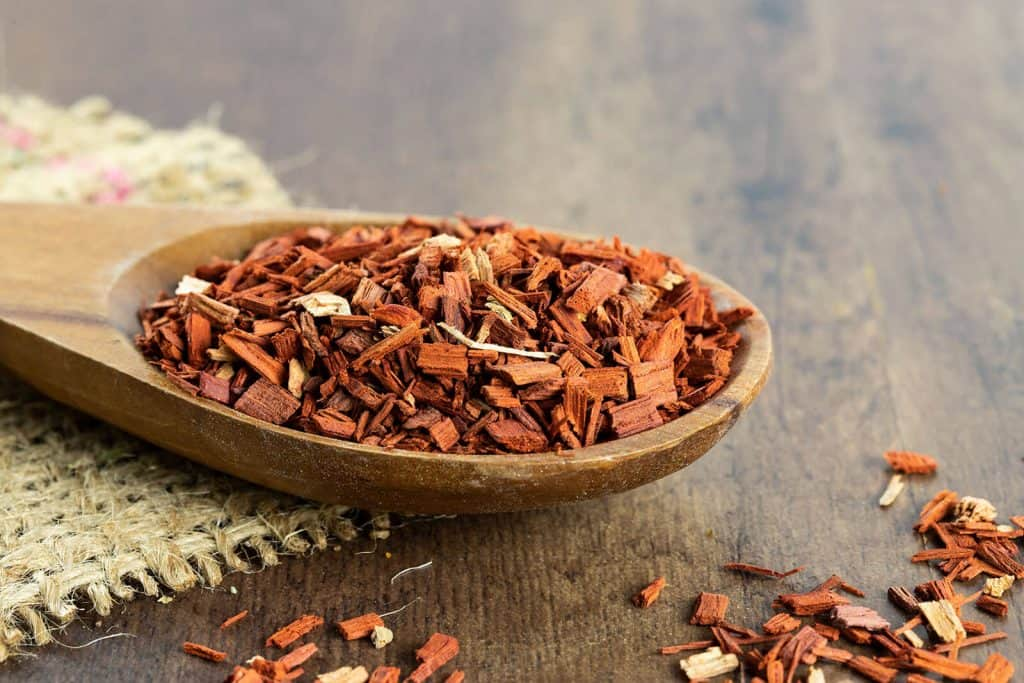 The Top 6 Proven Benefits and Uses of Sandalwood Essential Oil